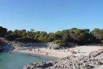 Playa Cala Es Talaier Minorca spiaggia.jpg