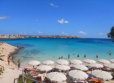 Spiaggia Guitgia Di Lampedusa Qspiagge