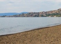 Spiaggia Mythymna di Lesbo.jpg