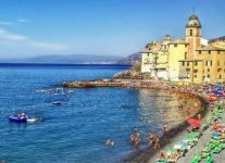 Spiaggia di Camogli.jpg