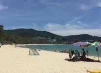 Spiaggia Hat Kata di Phuket.jpg