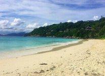 Spiaggia Petit Anse di Mahè.jpg