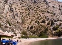 Spiaggia Agios Nikolaos di Idra.jpg