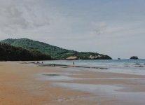Spiaggia Nai Yang di Phuket.jpg