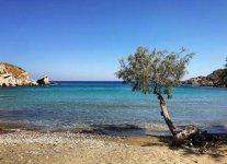 Spiaggia Ampela di Syros.jpg