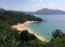 Spiaggia Laem Sing di Phuket.jpg