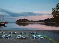 Spiaggia Grikos di Patmos.jpg
