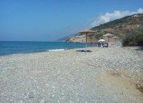 Spiaggia Kiparisi di Ikaria.jpg