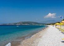 spiaggia mykali isola di samos.jpg