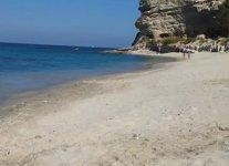 Spiaggia Torre Marino di Ricadi.jpg