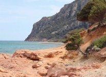 Spiaggia Coccorrocci di Gairo.jpg