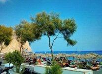 Spiaggia Perivolos di Santorini.jpg