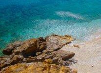 Spiaggia Plomari Amoudeli di Lesbo.jpg